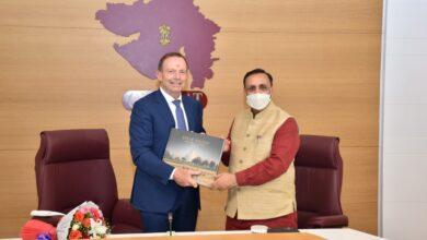 Former PM of Australia Mr. Tony Abbott pays a courtesy visit to Gujarat CM Mr. Vijay Rupani at Gandhinagar